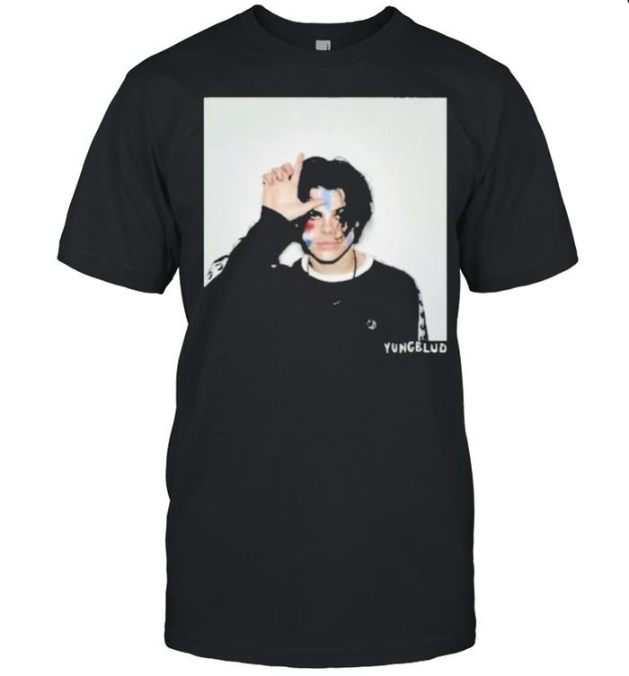Yungblud store the loner anniversary shirt Classic Men's T-shirt