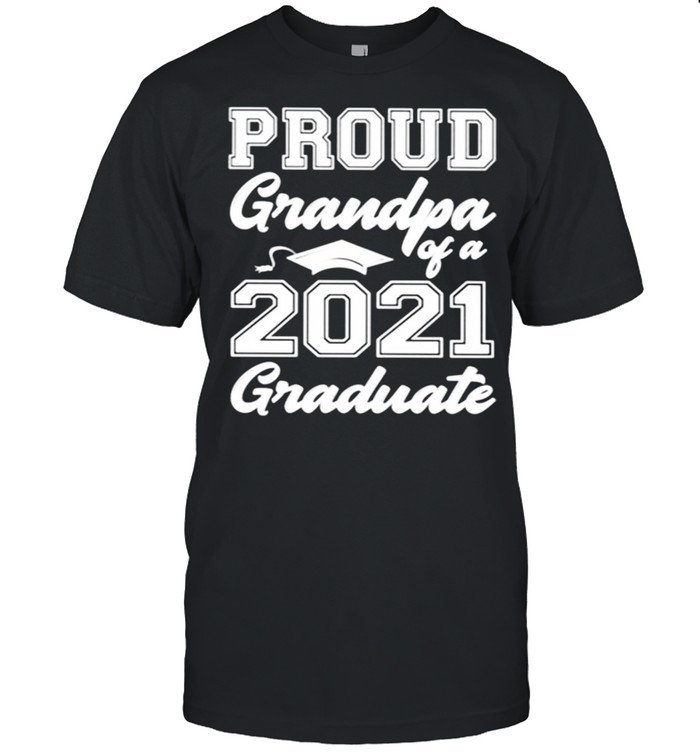 Proud Grandpa Of A 2021 Graduate shirt Classic Men's T-shirt