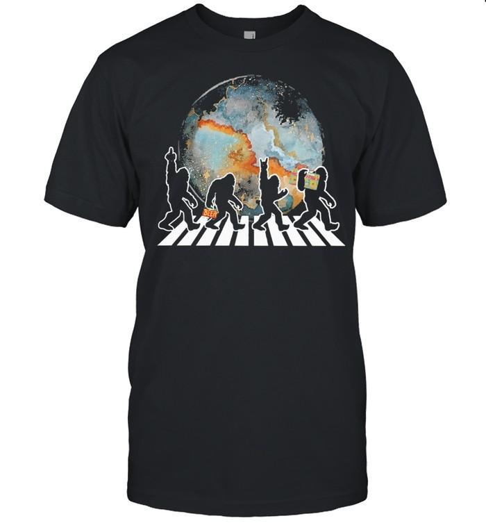 Bigfoot moon abbey road shirt Classic Men's T-shirt