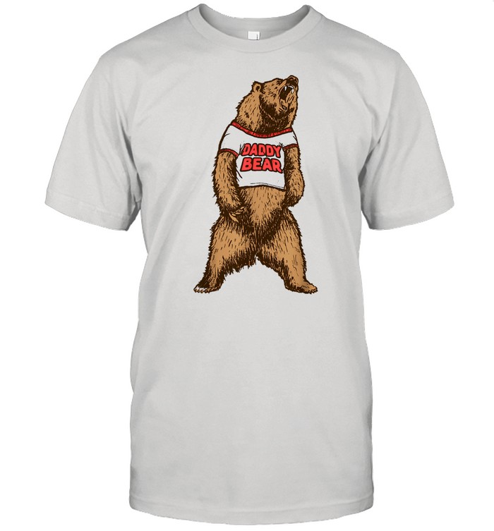 Daddy Bear Roaring Grizzly Fathers Day Protective Dad  Classic Men's T-shirt