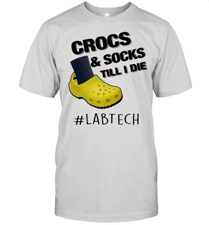 Crocs And Socks Till I Die Lab Tech shirt Classic Men's T-shirt