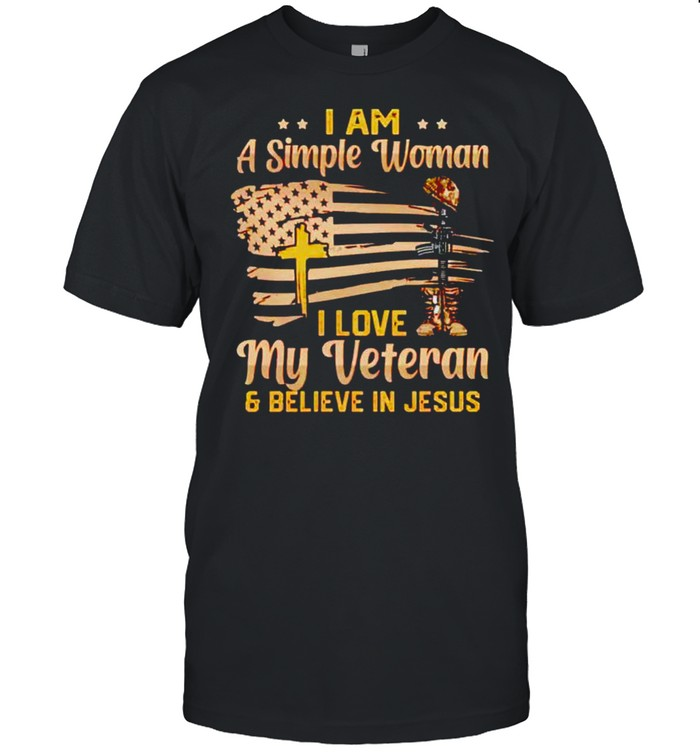 I am a simple woman I love my veteran and believe in Jesus shirt Classic Men's T-shirt
