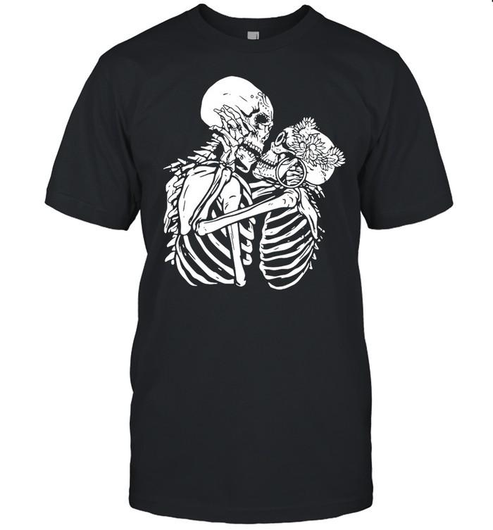 Santa Muerte Two Skeletons Kissing T-shirt Classic Men's T-shirt